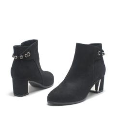 达芙妮(DAPHNE)磨砂布侧拉链金属装饰粗中跟女短靴1015607611