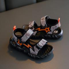 贝贝   男童夏季新款魔术贴凉鞋时尚酷帅儿童休闲鞋儿童迷彩凉鞋