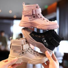 女童靴子2020新款儿童复古马丁靴软底时尚男童春秋单靴英伦风短靴